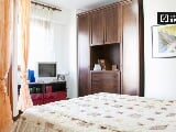 Foto Studio apartment with balcony for rent in Axa...