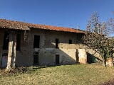 Foto Case rurale, 7 stanze, 0 wc, 700m2, Cuneo